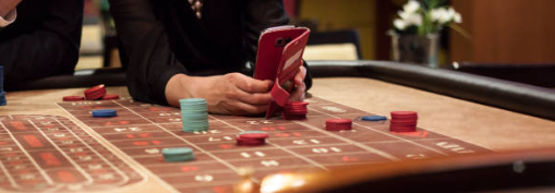 Effective Method to Play Four Card Poker