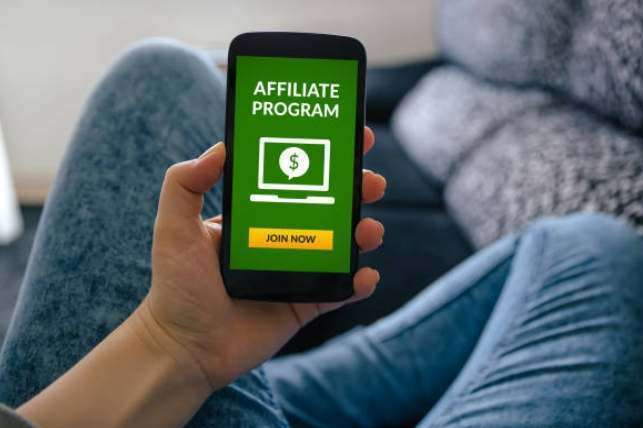 Earning Money Through Affiliate Information Marketing